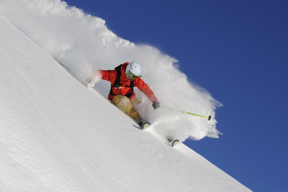 Powder turn Arlberg by Sepp Mallaun